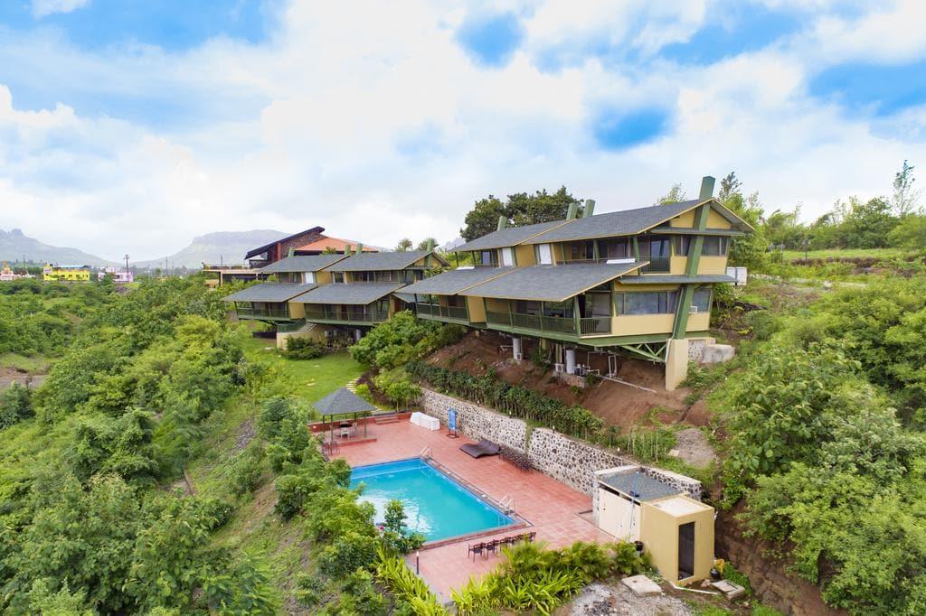 Galss house villa